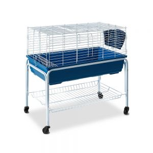 Medium hutch with stand